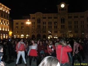One Billion Rising 2014: Le foto del Flash-mob a Trieste
